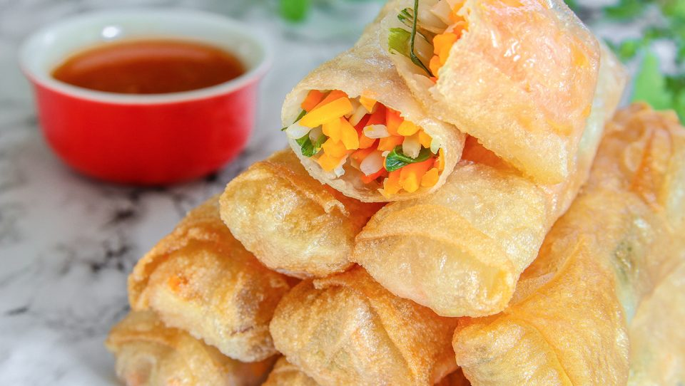 vimbu caterers spring roll (vegetable)